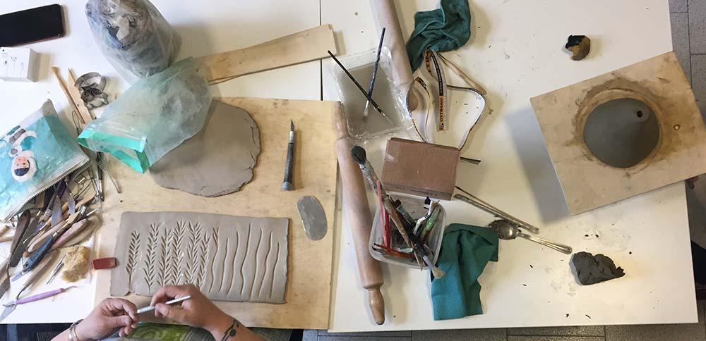 Laboratorio lavorazione ceramica